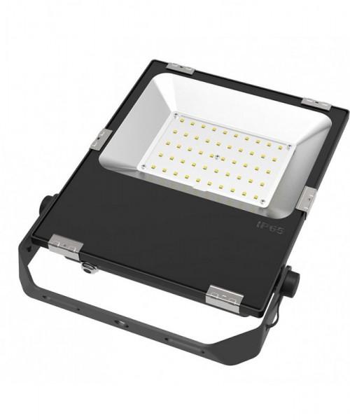 LED-Flutlichtstrahler AC/DC 5500 Lumen 120° kaltweiss 50W für extreme Luftfeuchte Green-Power-LED
