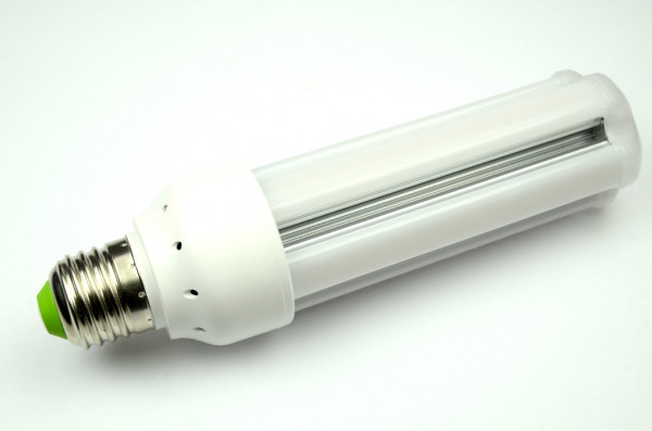 E27 LED-Tubular AC/DC 1300 Lumen 320° warmweiss 15W schmale Bauform Green-Power-LED