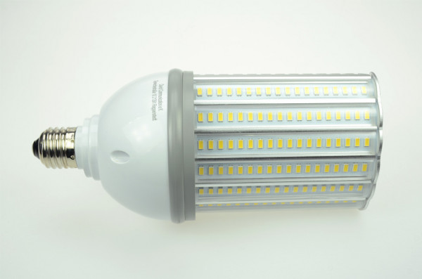 E27 LED-Strassenlampe AC 4000 Lumen 180° kaltweiss 36W IP64 Green-Power-LED