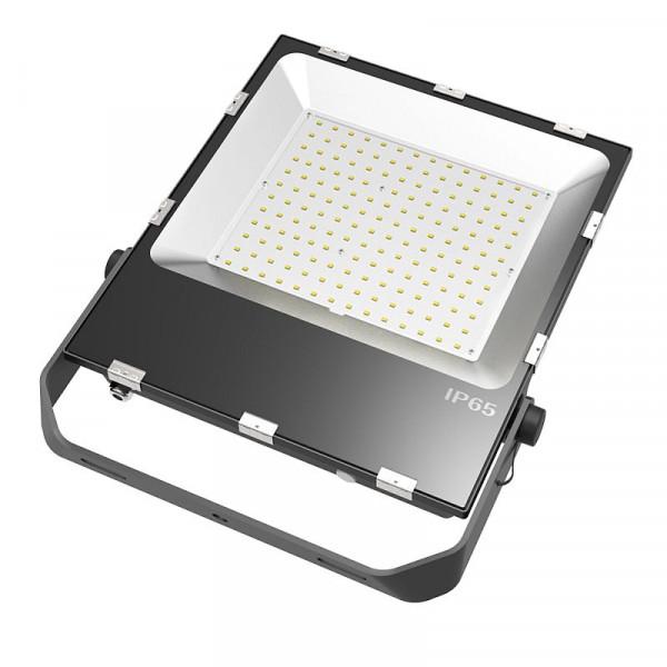 LED-Flutlichtstrahler AC/DC 18000 Lumen 120° kaltweiss 150W für extreme Luftfeuchte Green-Power-LED
